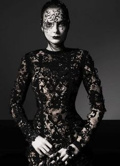 vogue-italy-gothic1.jpg