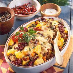 Chili con Carne-Auflauf mit Kartoffeln Rezept | LECKER