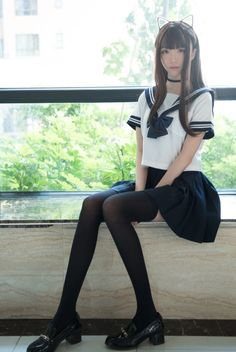 *Closet cosplay connoisseur* The best of: Cosplay. Zettai Ryouiki DISCLAIMER: I own none of the photos - links to the original works are provided in each post. School Girl Japan, School Girl Outfit, Japan Girl, Girl Outfits, Cute School Uniforms, School Uniform Girls, Girls Uniforms, Beautiful Japanese Girl, Beautiful Asian Girls