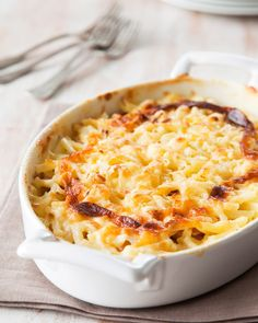 Kinkkukiusaus Macaroni And Cheese, Food And Drink, Koti, Cooking, Ethnic Recipes, Drinks, Kitchen, Drinking, Mac And Cheese