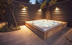 Relaxing Jacuzzi in a beautiful garden. A great project by Hoveniersbedrijf Hendriks from Didam. Hot Tub Gazebo, Hot Tub Backyard, Hot Tub Garden, Backyard Patio, Backyard Landscaping, Jacuzzi Outdoor Hot Tubs, Whirlpool Deck, Outdoor Spa, Dream Pools