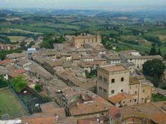 Panorámica del pueblo de San #Gimignano (#Italia).