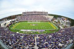 Power Ranking All 124 College Football Stadiums - Dowdy-Ficklen Stadium Ecu Football, College Football Games, Football Is Life, Football Stadiums, Football Season, Soccer Online, Conference Usa, Ecu Pirates, East Carolina University
