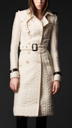 Burberry Prorsum Women's lightweight Wool silk trench Coat with Cable Knit finish