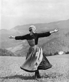 "Vintage Glamour Girls: Julie Andrews in "" The Sound of Music """