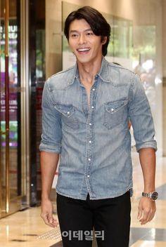 Korean Star, Korean Men, Asian Men, Hyun Bin, Korean Celebrities, Korean Actors, Korean Dramas, Lee Min Ho, Choi Jin Hyuk