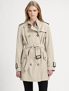 Basic // Burberry London Marystow Double Breasted Trenchcoat