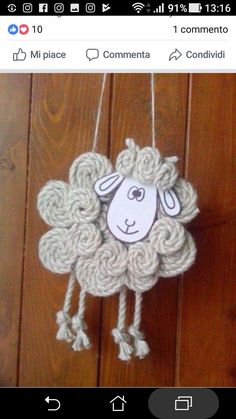 ✩ Check out this list of creative present ideas for coffee drinkers and lovers Sheep Crafts, Yarn Crafts, Felt Crafts, Easter Crafts, Spring Crafts, Holiday Crafts, Diy Crafts For Kids, Arts And Crafts, Felt Ornaments