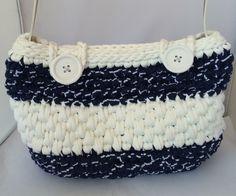 06eef90007 10 fantastiche immagini su borse di fettuccia   Crochet purses ...