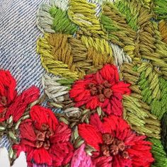 🌿🌺 #zmeika_embroidery #embroidery #flowers