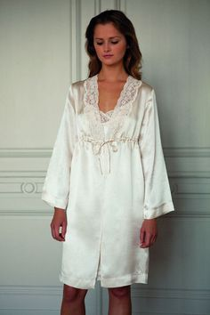 Yves Delorme Robe in Ivory Silk Sateen