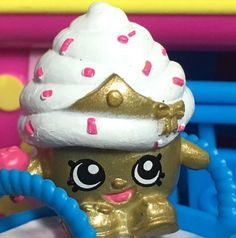Shopkins Limited Edition Cupcake Queen Display From Promo Display | Toys & Hobbies, TV, Movie & Character Toys, Other TV/Movie Character Toys | eBay!