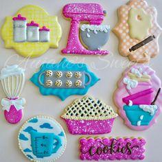 One Dozen Bakers Themed Sugar Cookies - Sugar Cookies Best Sugar Cookies, Fancy Cookies, Iced Cookies, Cute Cookies, Cupcake Cookies, Cupcakes, Cookie Frosting, Baking Birthday Parties, Baking Party