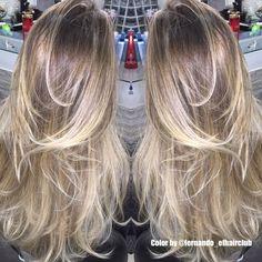 Esse ficou !!  #EFHairClub #aMagiaDasCores #oPoderDasMechas #FabricaDeLoiras #AquiNoSalao #LoiroDosSonhos #LouroDeSalao #Tratamento #BestBlondes #AutoridadeEmMechas #CabelosPoderosos #LoiroRyco #Tijuca #Blond #BlondChic #Ombre #OmbreHair #Mechas #Salao  #CabeloTop  #CabeloDivo #Balayage #Luzes #Moda #Cabelos #Divas @fernando_efhairclub