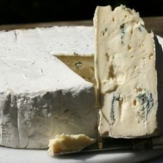 Borgonzola-  In every bite, the velvety blue mold paste delivers a gentle zip of sharpness, while the smooth, bloomy rind accounts for Borgonzola's lusciously mild and creamy flavor, reminiscent of Brie.