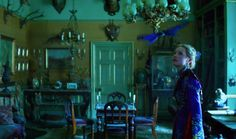 Watch Some Very Brief Teasers for 'Alice Through the Looking Glass'