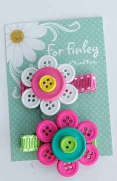 Set of 2 Button Flower Hair Clips pink/blue and pink/white flowers