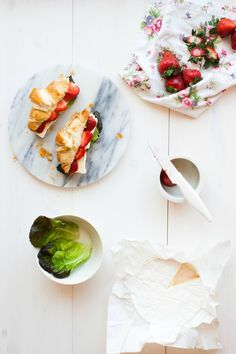 Croissants Filled with Brie & Strawberries | my blue&white kitchen