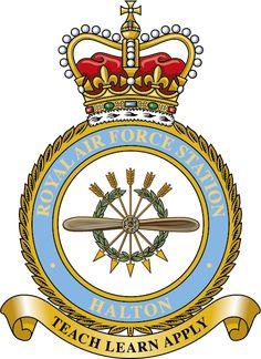 No 617 Dambuster Squadron Royal Air Force RAF ® Lapel Pin Badge Gift