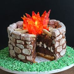 Fire Pit S'mores Cake | HungryHappenings.com