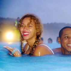 Beyonce and Jay Z share photos from their winter vacation to Iceland.