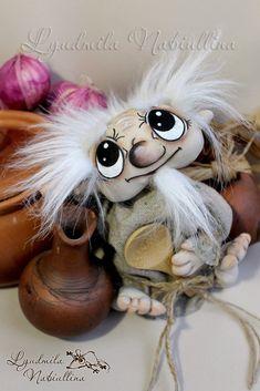 Сохранённые фотографии | 413 фотографий Teddy Toys, Teddy Bear, Kobold, Funny Character, An Elf, Doll Painting, Tiny Dolls, Doll Patterns, Doll Toys