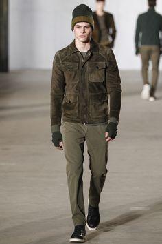 Todd Snyder Fall 2016 Menswear Fashion Show. That suede jacket though. Ny Fashion Week, Winter Fashion, Fashion Show, Mens Fashion, Fashion Styles, Runway Fashion, Vogue Paris, Todd Snyder, Winter Outfits Men