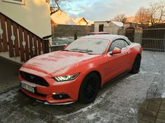 2016 Ford Mustang EU GT / convertible in competition orange VS winter season :)