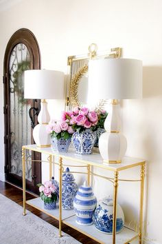 How to Decorate with a Limited Budget - Randi Garrett Design - blue and white ginger jars – faux peonies – glam entryway -how to Decorate with a Limited Budge - Elegant Home Decor, Elegant Homes, Chinoiserie, Decor Interior Design, Interior Decorating, Luxury Interior, Peonies Season, Ginger Jars, Spring Home