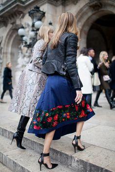 Paris Fashion Week Street Style [Photo by Kuba Dabrowski] #modestfashion #tzniutfashion