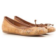 售意大利埃尔维罗·马汀尼(Alviero Martini)女士鞋履,更有众多国际知名品牌成衣鞋靴,手袋墨镜,领带配饰,男女童装等,品味高奢琳琅满目,100%正品意大利直送,支持支付宝及货到付款。