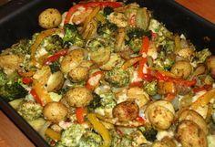 Pesto ovenschotel met krieltjes, broccoli, paprika en kip