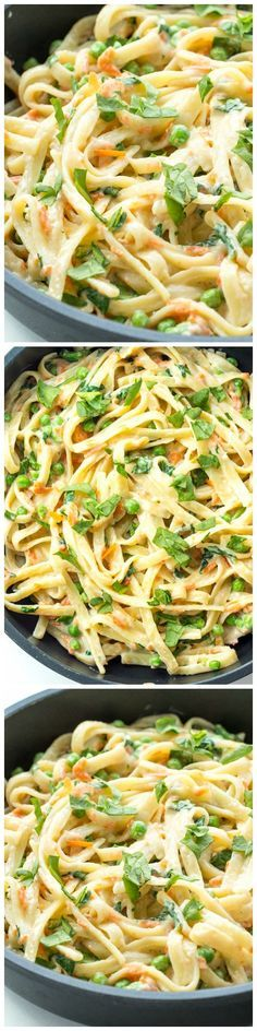 A creamy, veggie loaded one pot pasta that comes together easily in only one pot with only 7 ingredients! | Healthy Dinner Recipes