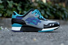 RONNIE FIEG X ASICS GEL LYTE III (BLUEBERRY)  ASICS has brought back the 'Blueberry' Gel Lyte III exclusively to Ronnie Fieg's Kith NYC store. Slapped with eye-popping purple, turquoise, grey and black in a mix of mesh and smooth synthetic materials, you can pick these up at Fieg's brick and mortar Kith NYC stores and online at KithNYC.com.