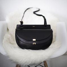 New In   Chloé Georgia Crossbody Bag