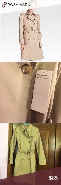 UNIQLO Trench Coat New with tags Uniqlo Jackets & Coats Trench Coats