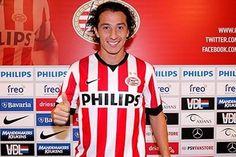 Andres Guardado al PSV Eindhoven de Holanda