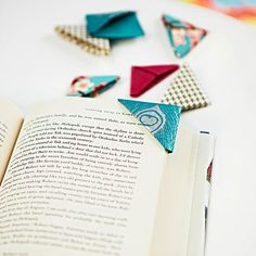 What a nifty idea and so easy. If giving books as gifts, can include a couple or have a pretty bowl filled with them at home: Origami Bookmark