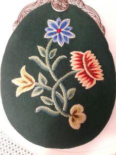 Scandinavian Embroidery, Norway, Purses, Flowers, Handbags, Royal Icing Flowers, Purse, Bags, Flower
