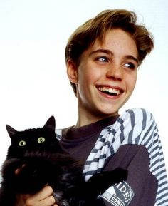 Jonathan Brandis - I had the hugest crush in him as a kid!1976-2003 GONE TOO DANG SOON! Poor guy! Suicide...ugh!