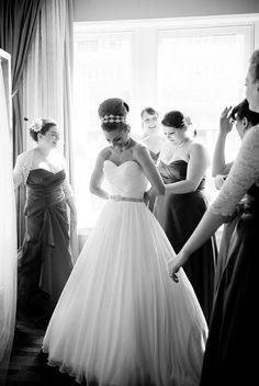 Glamorous Alexis Hotel Seattle Wedding | Junebug Weddings