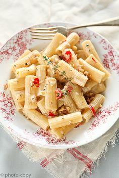 https://flic.kr/p/aBhk2U | walnut chili rigatone | With mascarpone... so good.