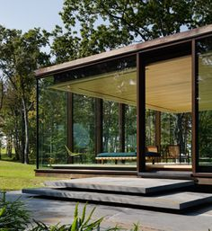 Gallery – Tischler Windows and Doors Tiny House Cabin, Modern Tiny House, Modern Architecture, Sheep House, Glass House Design, Zen Place, Oregon House, Concrete Houses, Futuristic Architecture