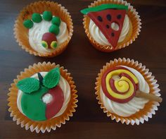 Eleanor loves the Hungry Caterpillar so she would love these! Hungry Caterpillar Cupcakes, Very Hungry Caterpillar, Eat, School, Birthday, Desserts, How To Make, Food, Tailgate Desserts