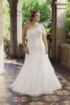 Plus Size Wedding Dresses, one shoulder, mermaid bridal gown