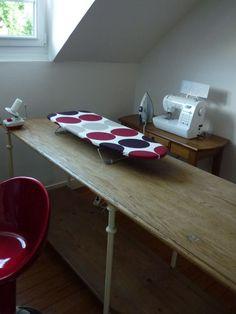 Tables de couture sur pinterest salles de couture for Housse de table a repasser