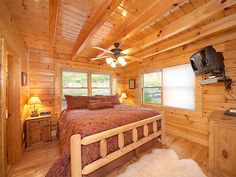 Pigeon Forge vacation rentals at http://www.encompasstravels.com/listing/Daydreame-and-Night-Things-3143#
