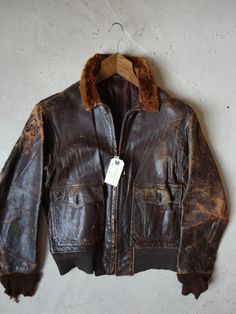 161d281c5c4 Vintage pre-1957 1950s 1940s WW2  usn AN-J3A G-1 leather bomber flight  jacket military issue goatskin mouton Conmar zip collar stencil 40