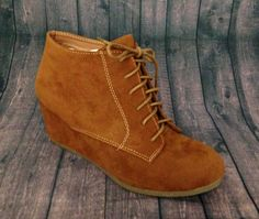 .Lace Up Bootie Wedge (Tan)