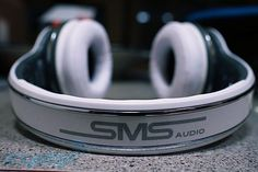 SMS Audio SYNC by 50 wireless headphones... a long collaboration between Sleek Audio SMS Audio and none other than Curtis James Jackson III -- 50 Cent. these headphones have the unique selling point of offering both wireless and wired operation, a convenience for which you'll pay a staggering $400. Although they don't offer active noise-cancellation like competing models, these headphones are banking on Kleer's tried-and-true wireless audio technology, which touts 16-bit CD-quality…